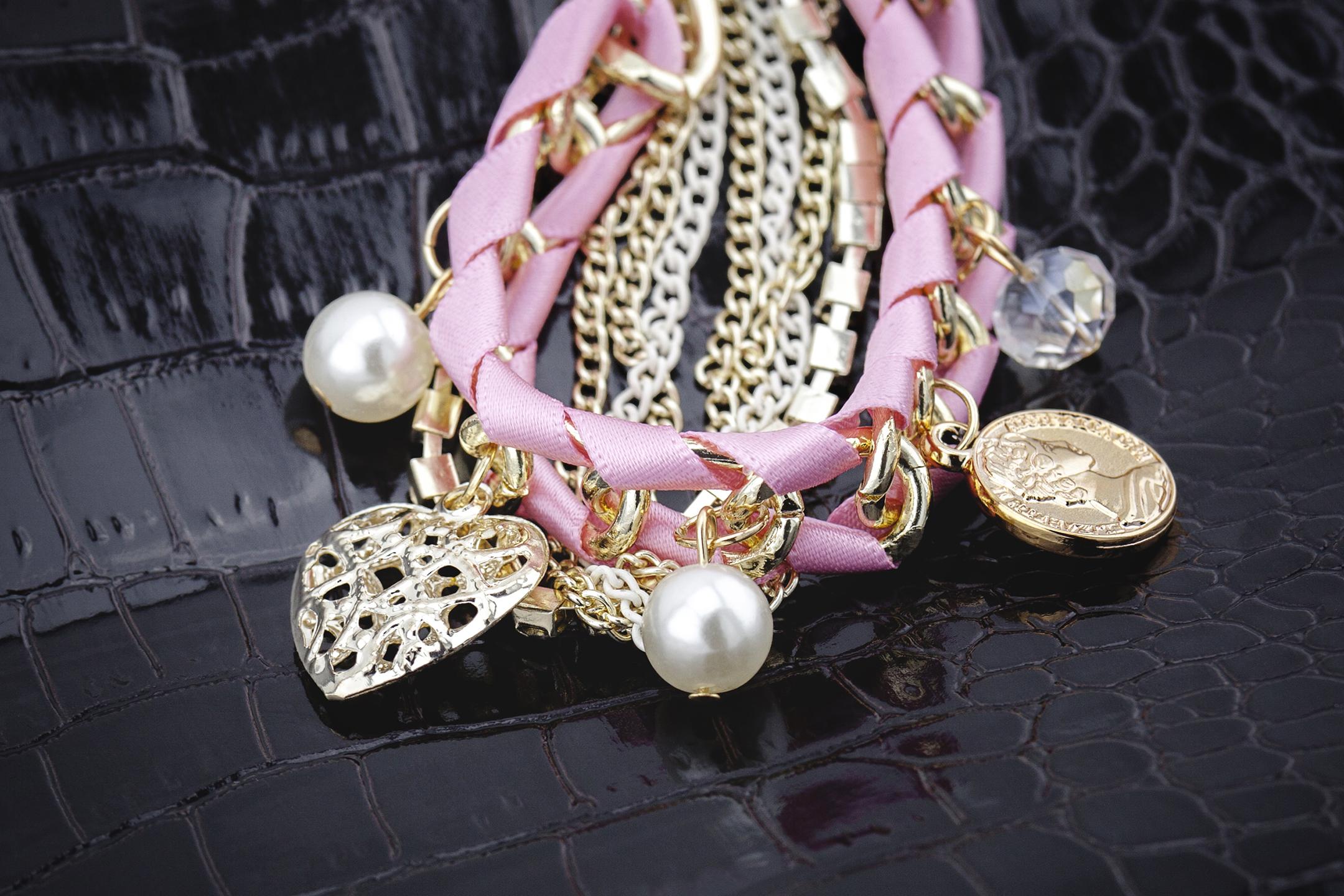 Modisches Bettelarmband Charm Damen Mädchen Armband Armreif Perlenarmband rosa